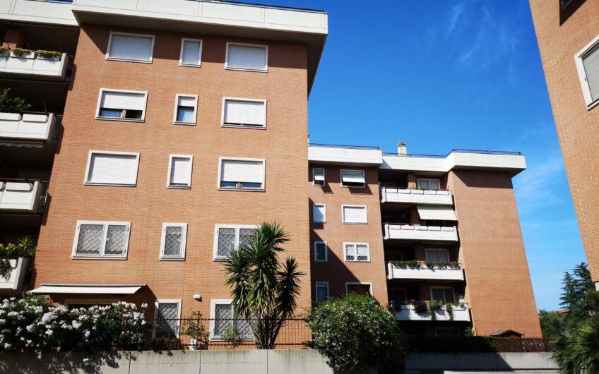 TRE CAMERE: La Pisana Via Cesare Pascoletti