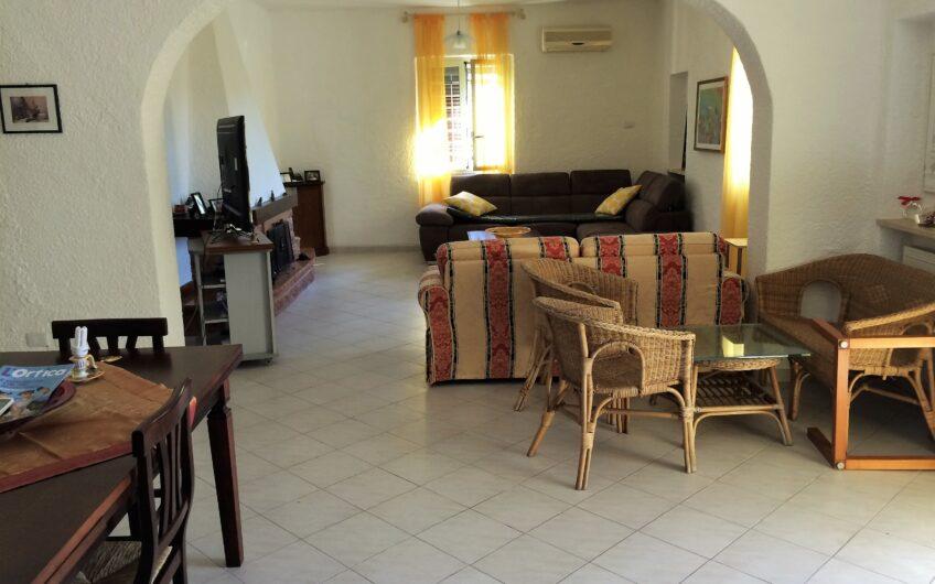 Villa: CERENOVA Viale Benedetto Marini